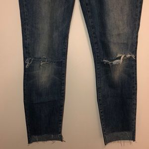 Anthropologie Jeans - Mother Cropped ripped Jeans